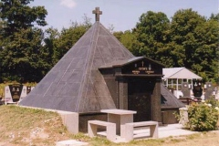Spomenik_004